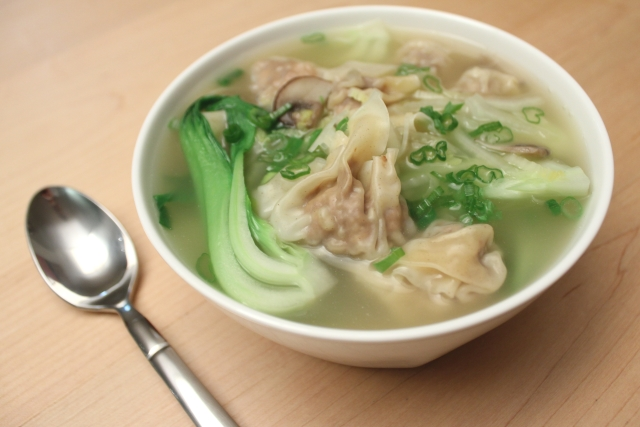 pork wonton soup with bok choy nappa cabbage and cremini mushrooms get ...